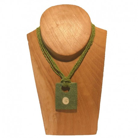 Necklace beads rectangular pendant with seashell - Green