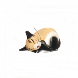 Sleeping cat L 11,5 cm in beige and black wood